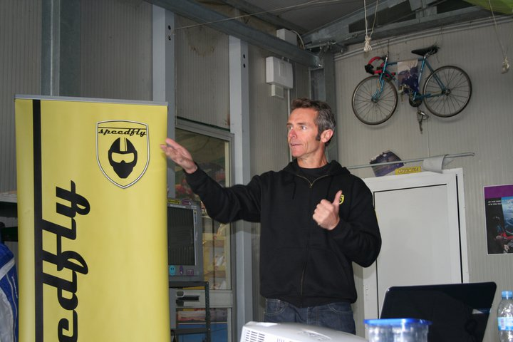 Pete giving his Speedfly Safety Talk